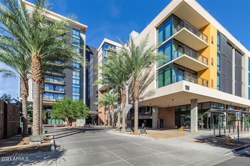 Photo of 200 W PORTLAND Street #1127, Phoenix, AZ 85003 (MLS # 6298505)