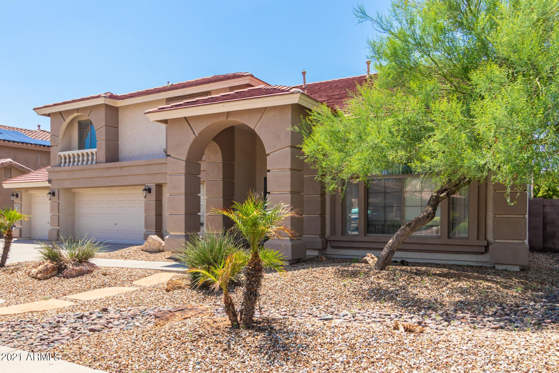 Photo of 13515 W MEDLOCK Drive, Litchfield Park, AZ 85340 (MLS # 6270508)