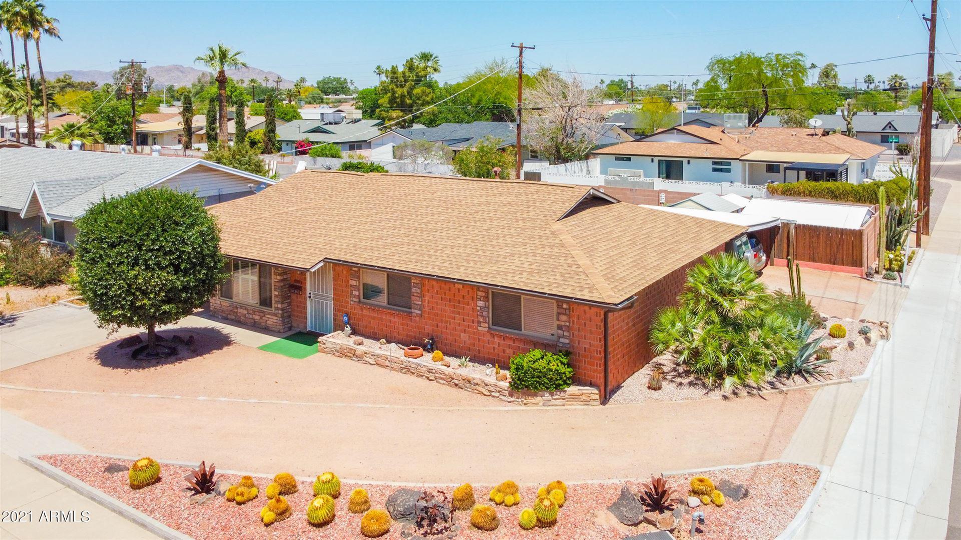 Photo of 8536 E HIGHLAND Avenue, Scottsdale, AZ 85251 (MLS # 6232509)