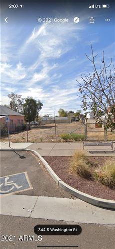 Photo of 344 S WASHINGTON Street, Chandler, AZ 85225 (MLS # 6297516)