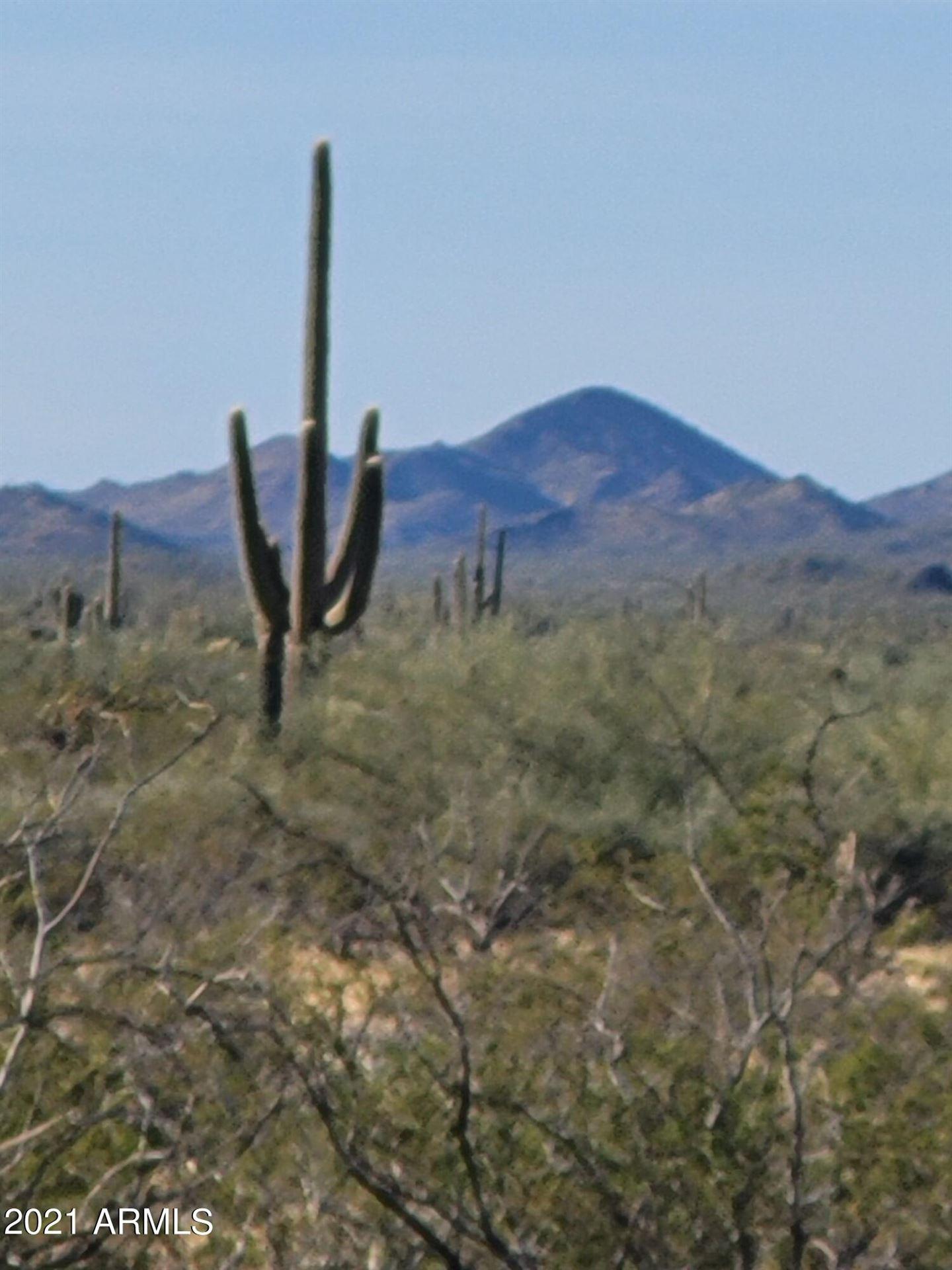 Photo of 0 W Maddock Road, Wittmann, AZ 85361 (MLS # 6243516)