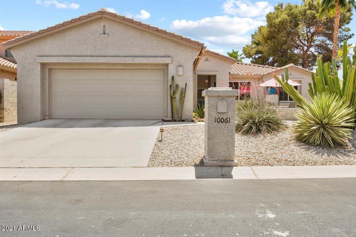 Photo of 10061 E COOPERS HAWK Drive, Sun Lakes, AZ 85248 (MLS # 6226524)