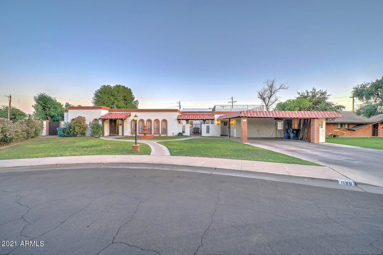 Photo of 1125 E Dolphin Circle, Mesa, AZ 85204 (MLS # 6232529)