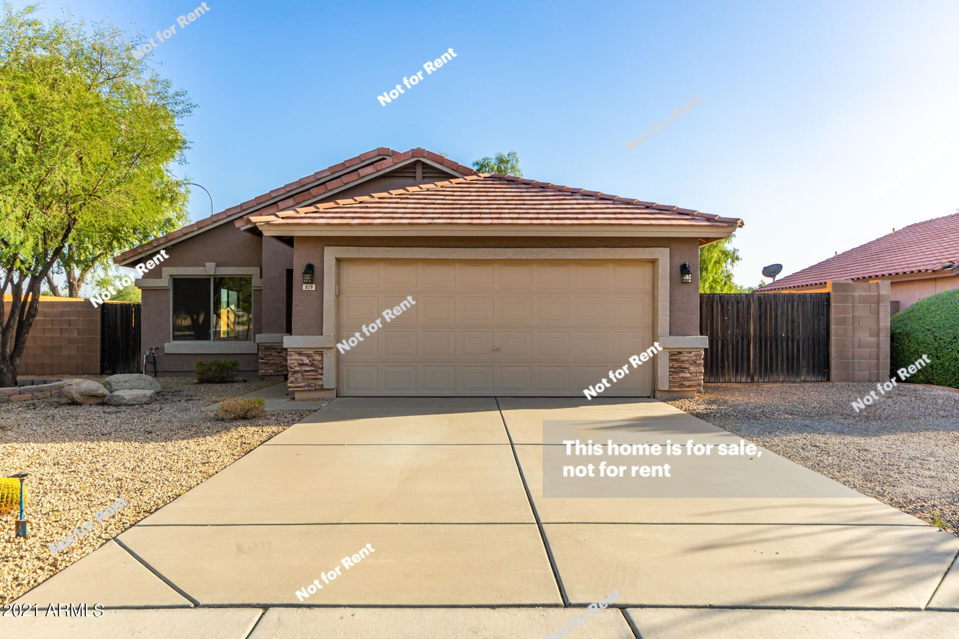 Photo of 819 W 10TH Avenue, Apache Junction, AZ 85120 (MLS # 6306536)