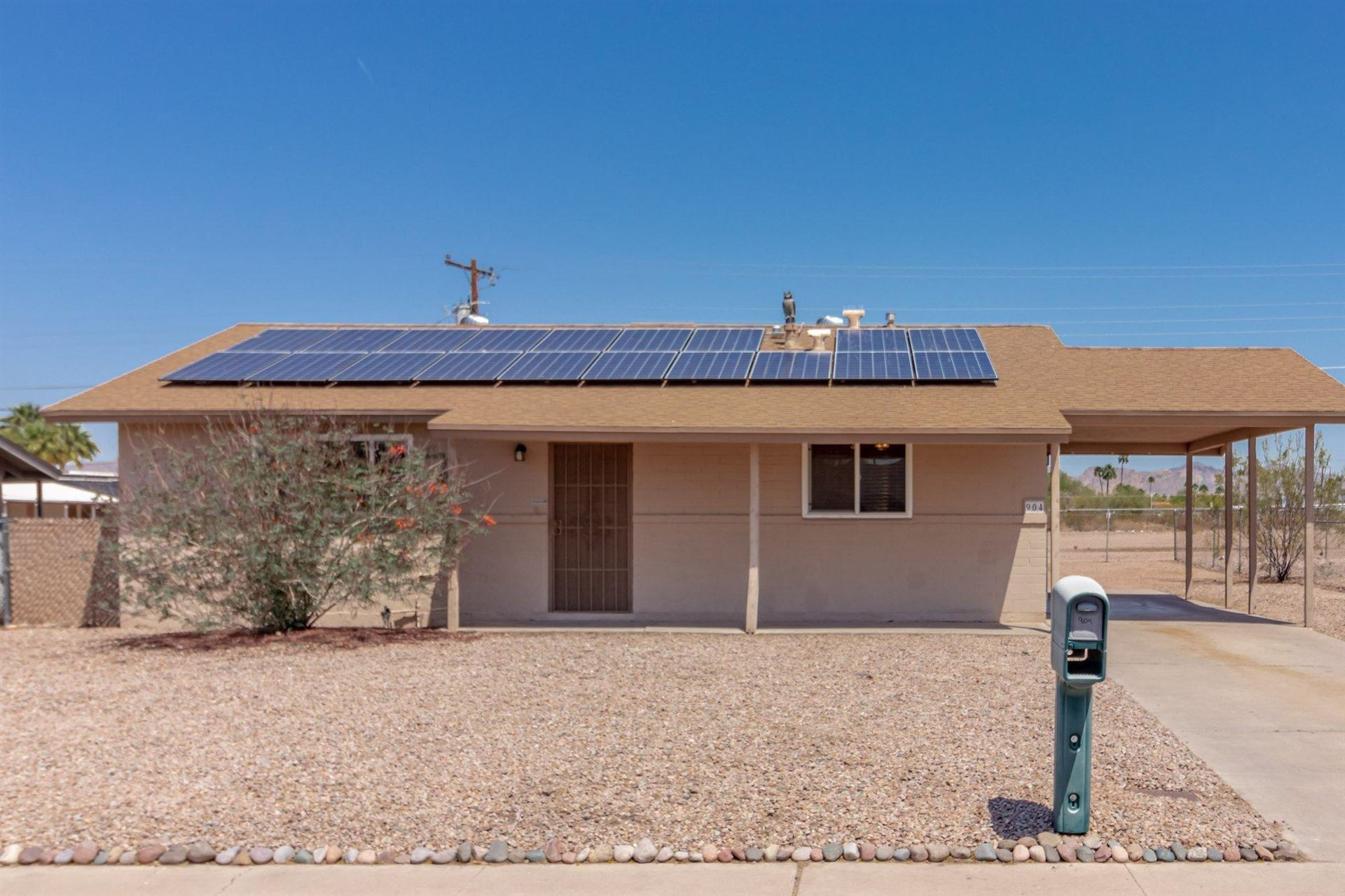 Photo of 904 W 3RD Avenue, Apache Junction, AZ 85120 (MLS # 6229539)