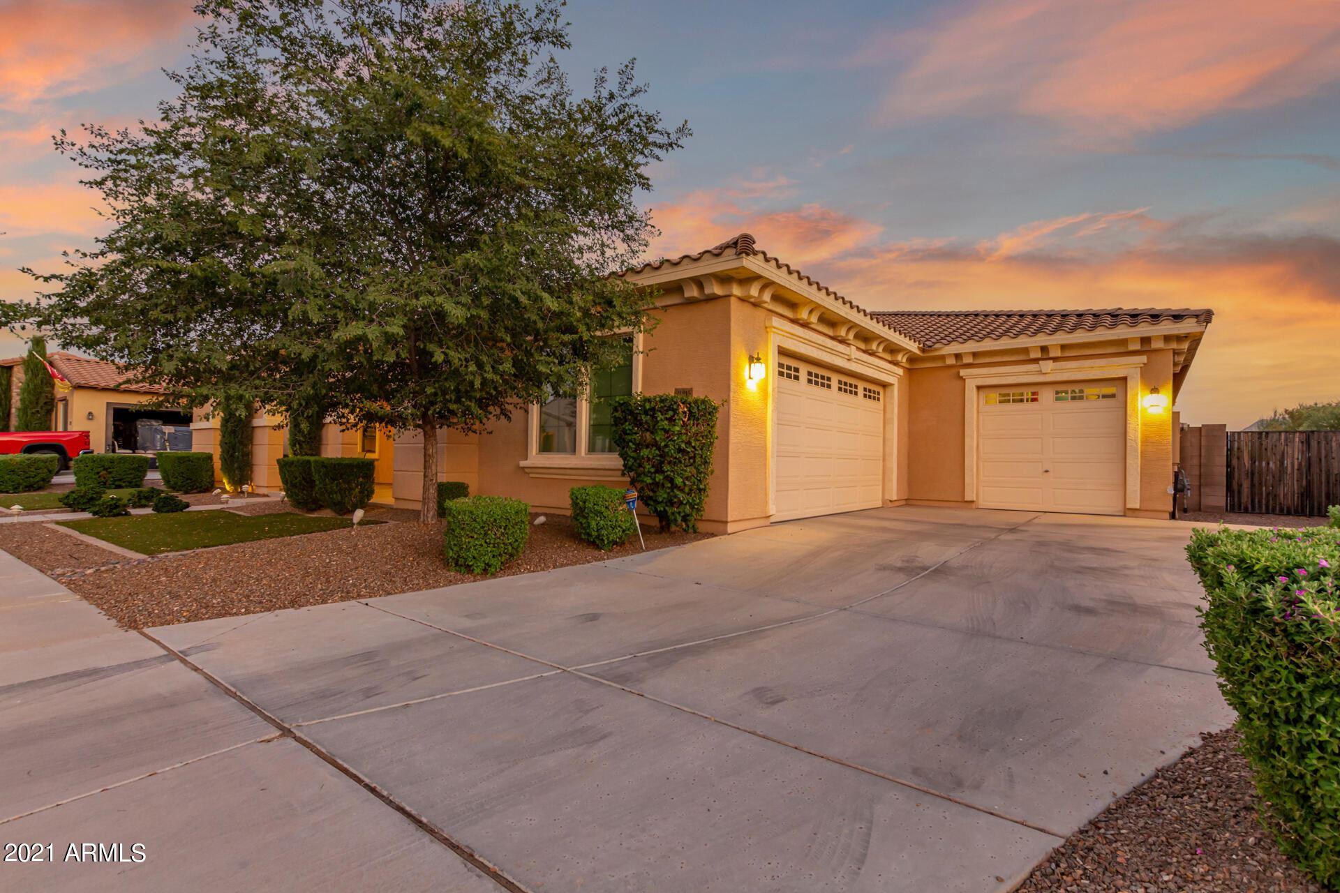 Photo of 21215 E MISTY Lane, Queen Creek, AZ 85142 (MLS # 6294539)
