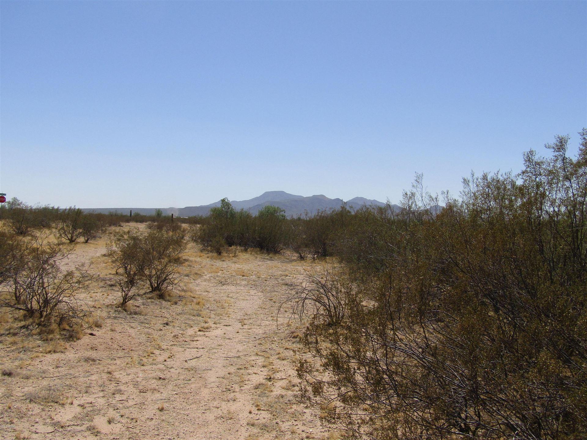 Photo for 932 S CONEJO Road, Maricopa, AZ 85139 (MLS # 6129542)