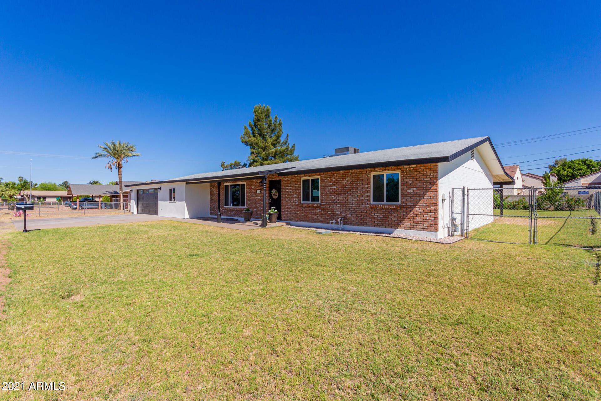 Photo of 1720 E 7TH Avenue, Mesa, AZ 85204 (MLS # 6229547)