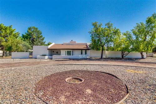 Photo of 435 W KNOX Road, Gilbert, AZ 85233 (MLS # 6116549)