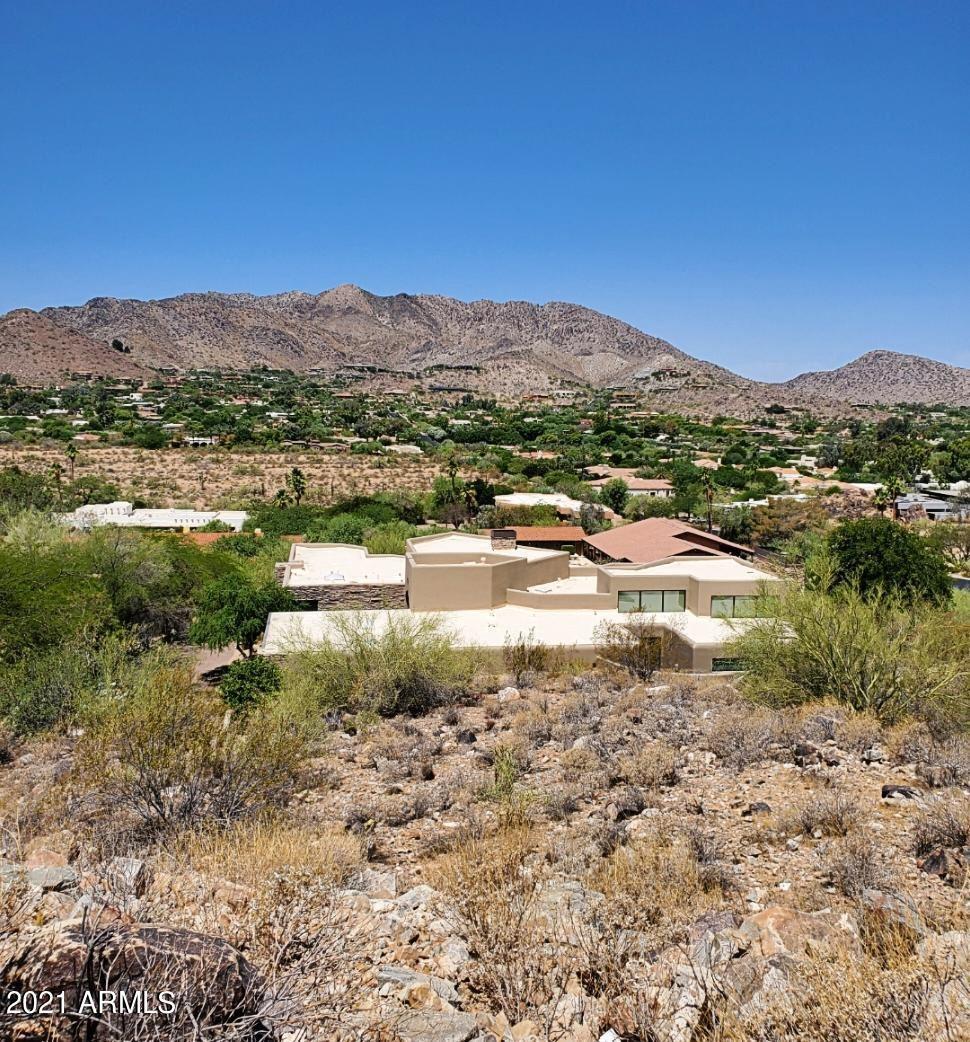 Photo of 7941 N 55TH Street, Paradise Valley, AZ 85253 (MLS # 6245549)