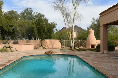 Photo of 3811 E SAN MIGUEL Avenue, Paradise Valley, AZ 85253 (MLS # 6050550)