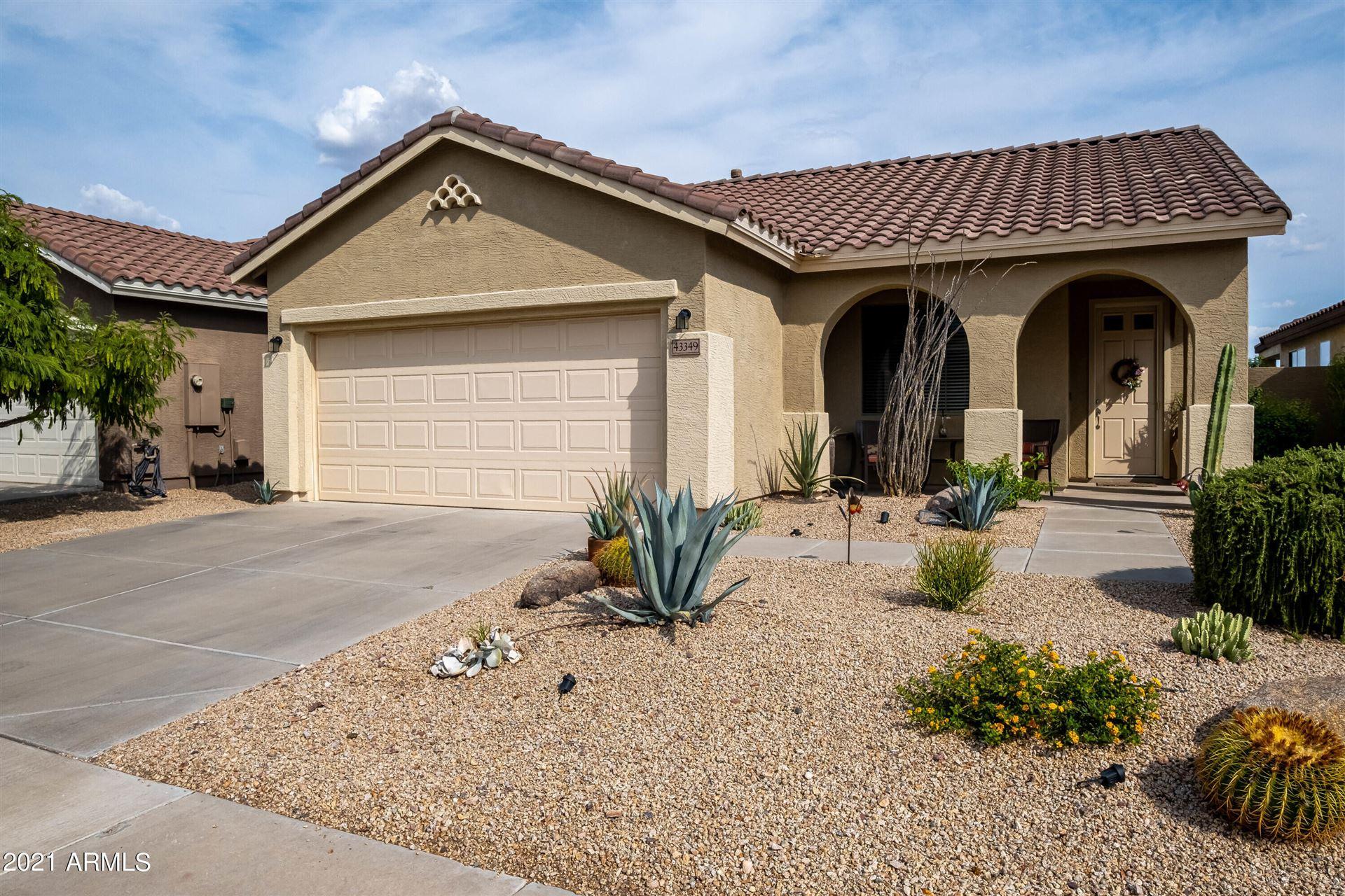 Photo of 43349 N VISTA HILLS Drive, Anthem, AZ 85086 (MLS # 6267552)
