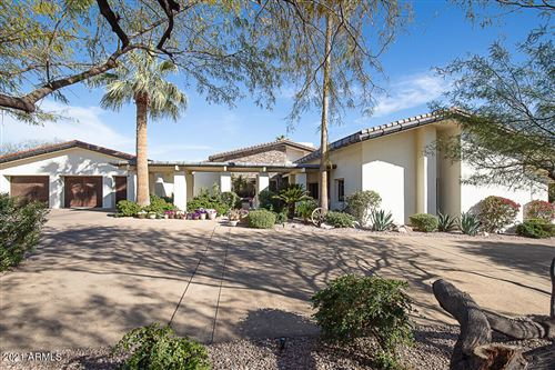 Photo of 6105 N PALO CRISTI Road, Paradise Valley, AZ 85253 (MLS # 6206553)