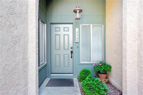 Photo of 4525 W CONTINENTAL Drive, Glendale, AZ 85308 (MLS # 6231555)