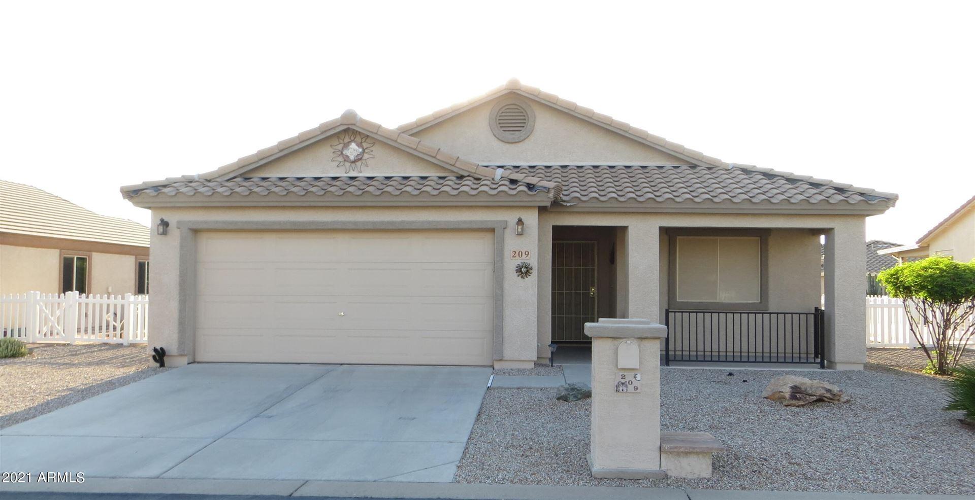 Photo of 2101 S MERIDIAN Road #209, Apache Junction, AZ 85120 (MLS # 6295565)