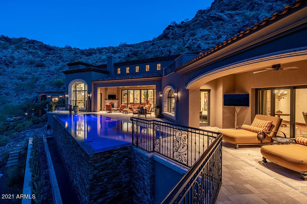 Photo of 5959 E HUMMINGBIRD Lane, Paradise Valley, AZ 85253 (MLS # 6229566)