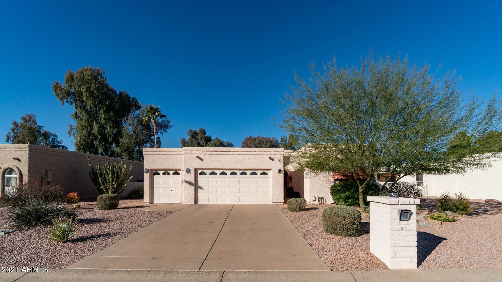 Photo of 9325 E FAIRWAY Boulevard, Sun Lakes, AZ 85248 (MLS # 6197577)