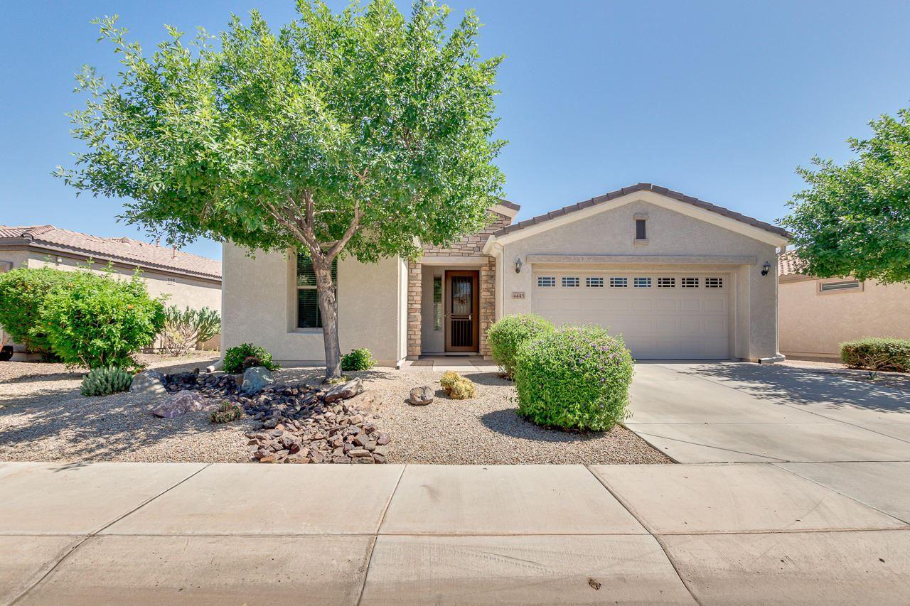Photo of 4445 E CAROB Drive, Gilbert, AZ 85298 (MLS # 6232579)
