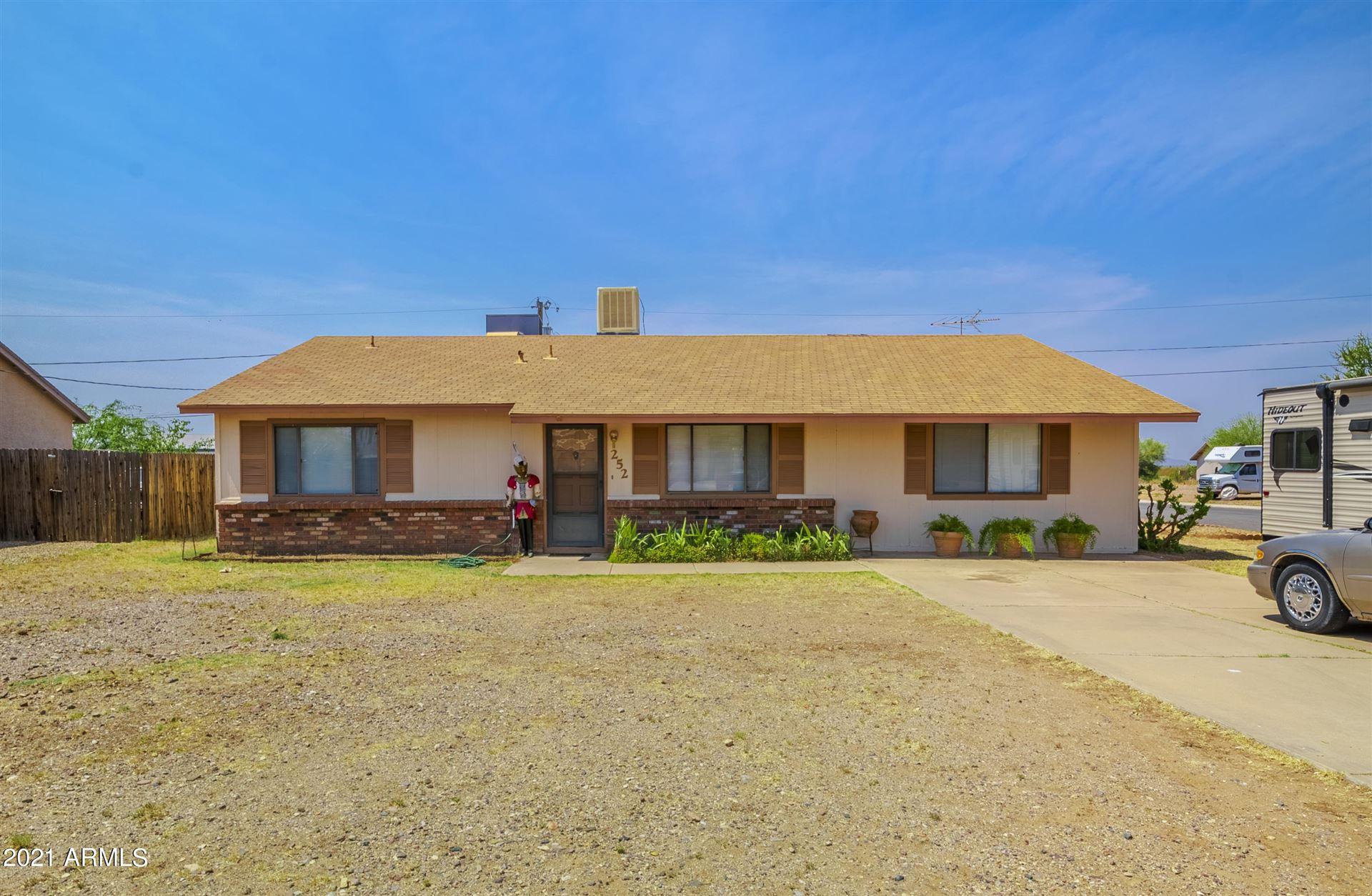 Photo of 252 PERETZ Circle, Morristown, AZ 85342 (MLS # 6252579)