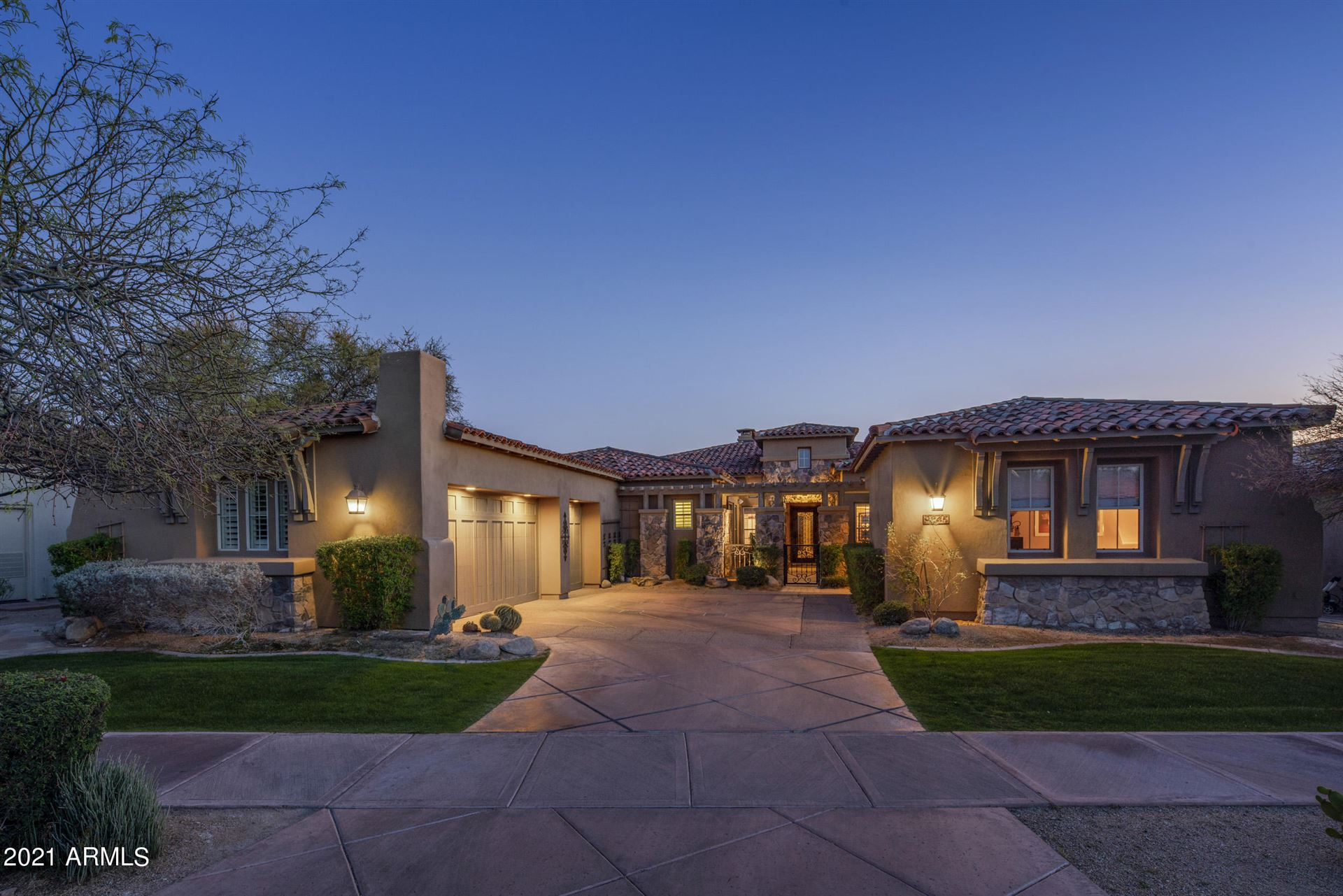 Photo of 9345 E MOUNTAIN SPRING Road, Scottsdale, AZ 85255 (MLS # 6210580)
