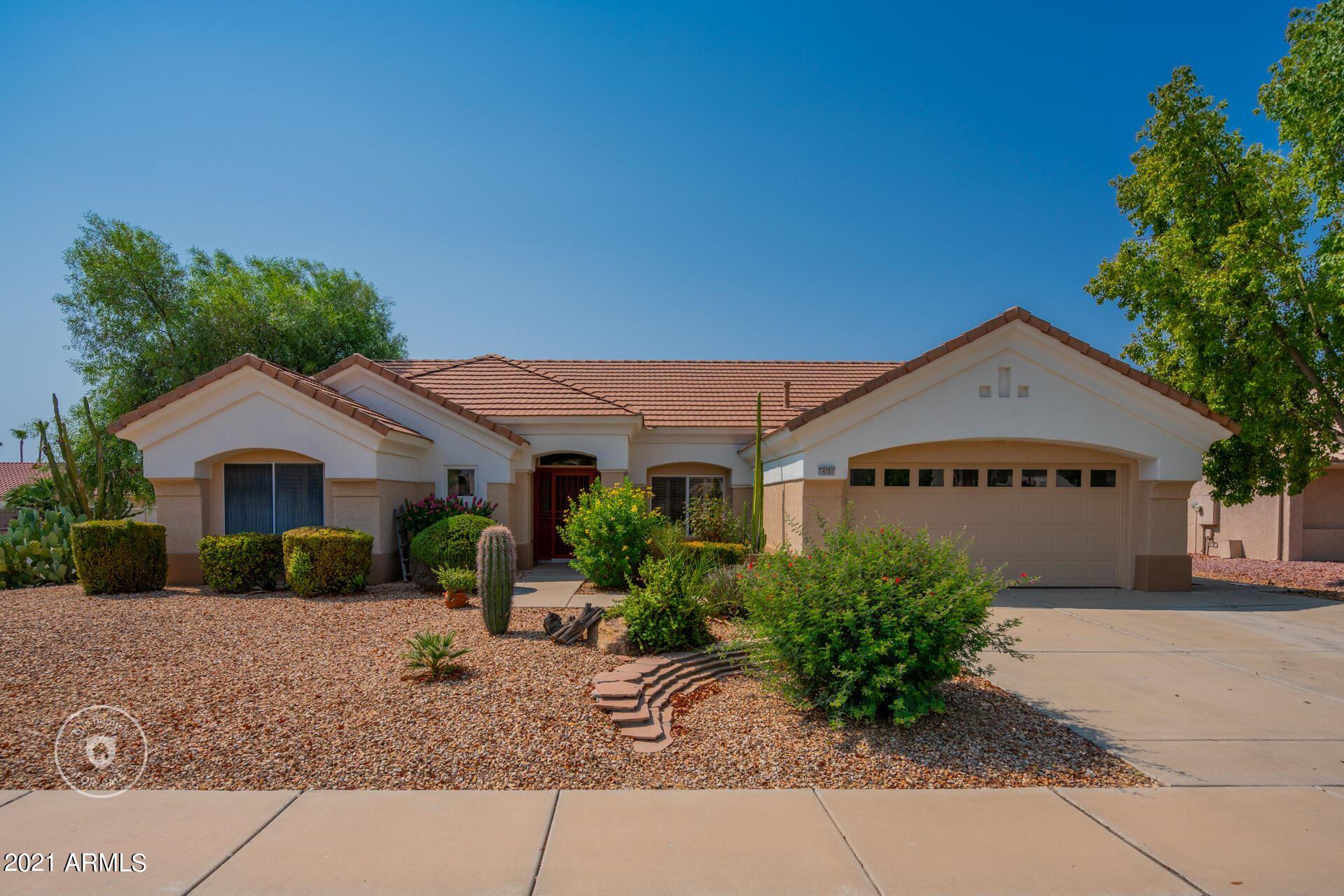 Photo of 14701 W SENTINEL Drive, Sun City West, AZ 85375 (MLS # 6268587)