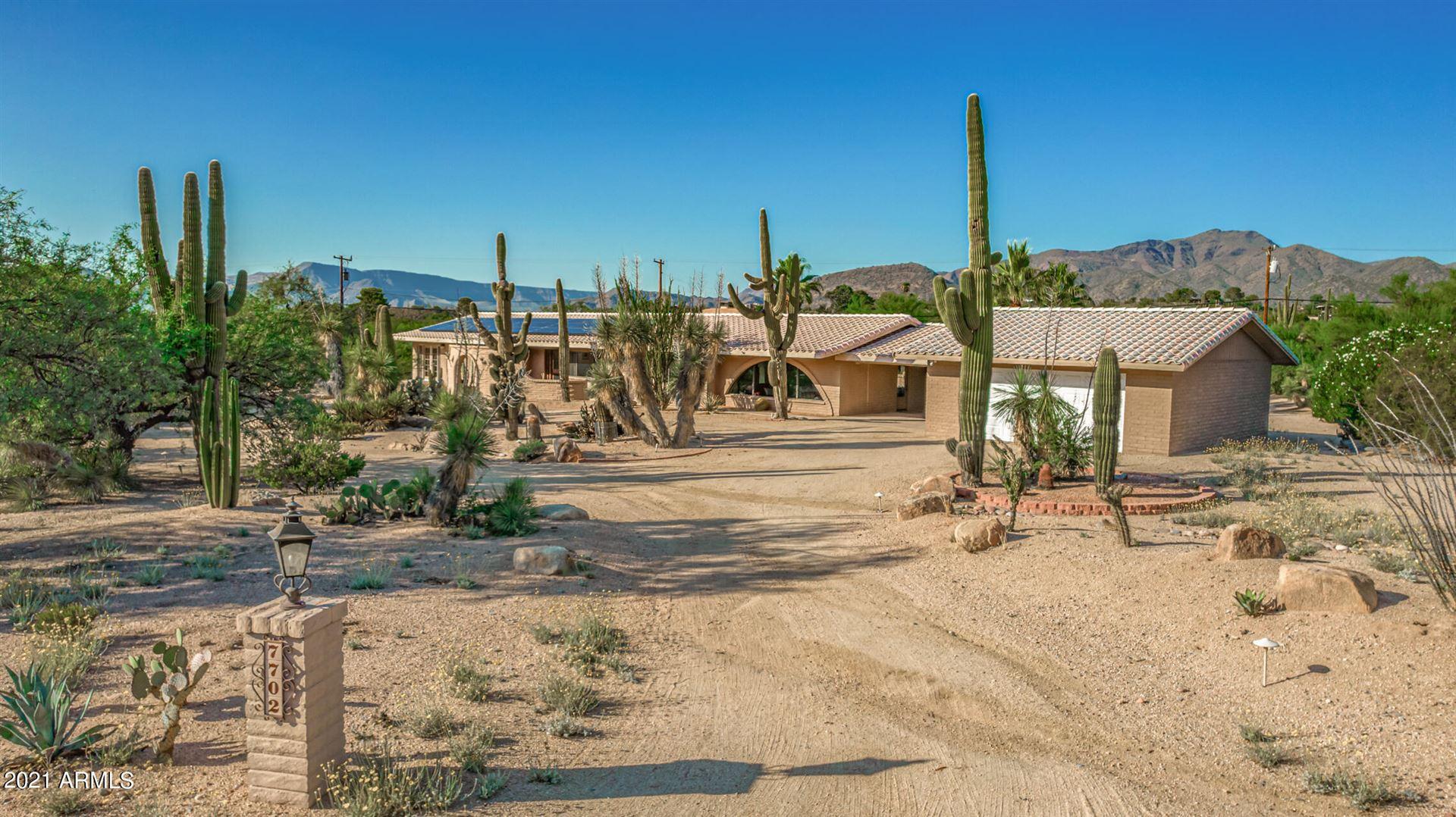 Photo of 7702 E ROCKING CHAIR Road, Carefree, AZ 85377 (MLS # 6292589)