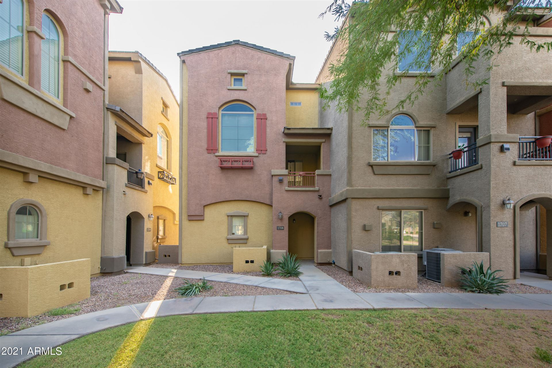 Photo of 2402 E 5th Street #1708, Tempe, AZ 85281 (MLS # 6295591)