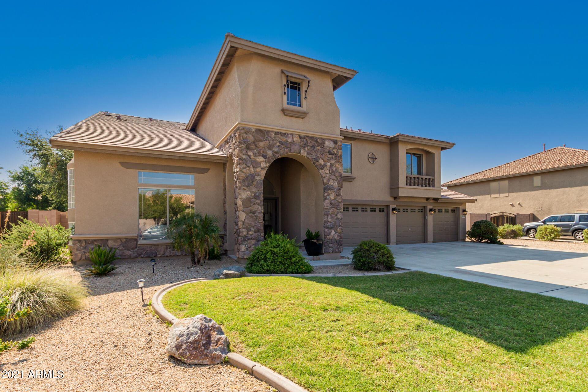 Photo of 9815 W KEYSER Drive, Peoria, AZ 85383 (MLS # 6296595)