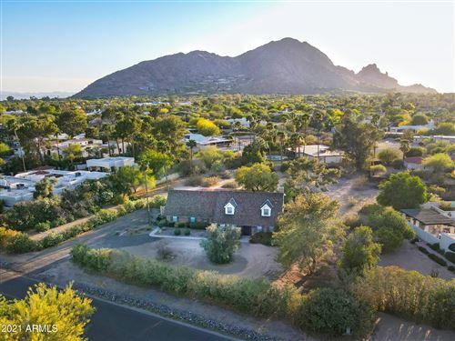 Photo of 5800 N MONTE VISTA Drive, Paradise Valley, AZ 85253 (MLS # 6225596)