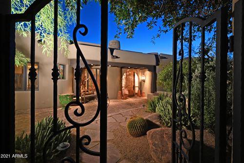 Photo of 37802 N STIRRUP Circle, Carefree, AZ 85377 (MLS # 6234596)