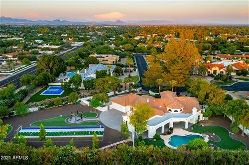 Photo of 5910 E STELLA Lane, Paradise Valley, AZ 85253 (MLS # 6284597)