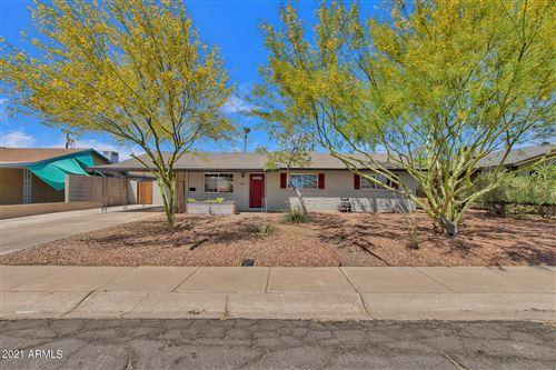 Photo of 810 W 10TH Street, Tempe, AZ 85281 (MLS # 6226599)