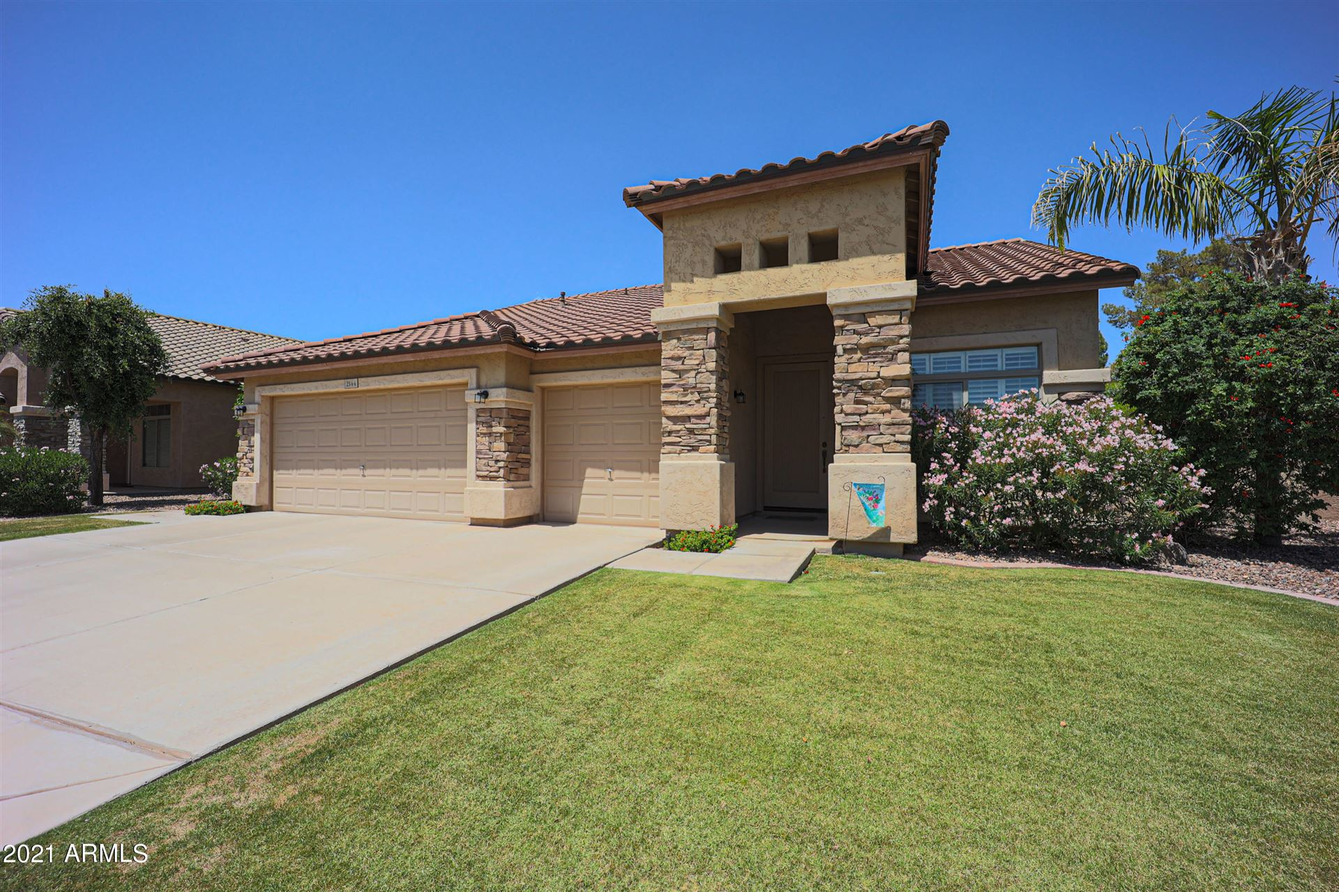 Photo of 2144 W OLIVE Way, Chandler, AZ 85248 (MLS # 6229601)