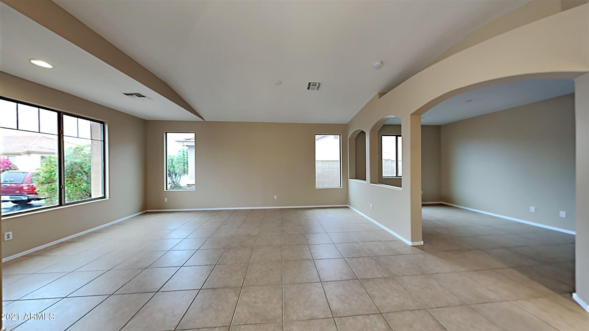 Photo of 9419 W HEBER Road, Tolleson, AZ 85353 (MLS # 6270601)