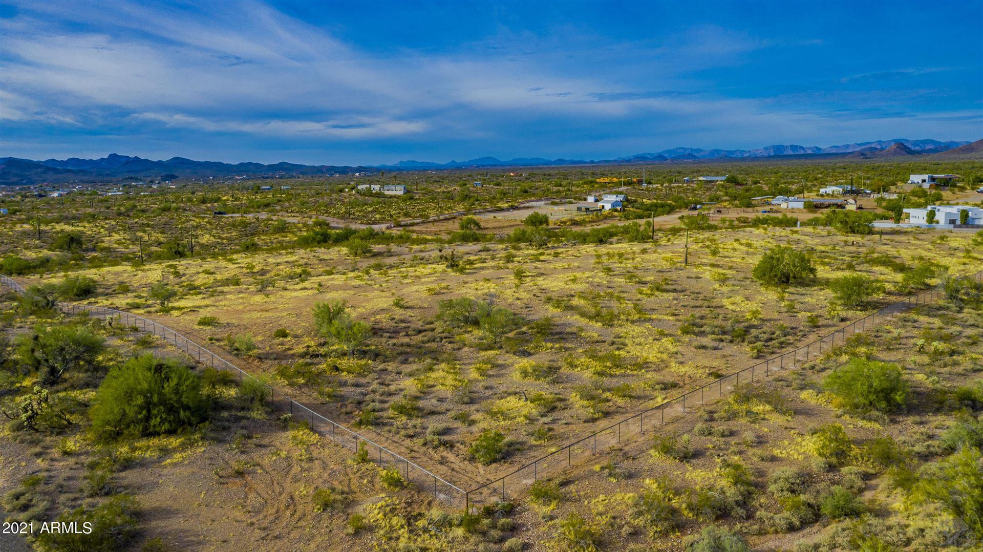 Photo of 40000 N 253rd lot 2 Road, Morristown, AZ 85342 (MLS # 6217603)
