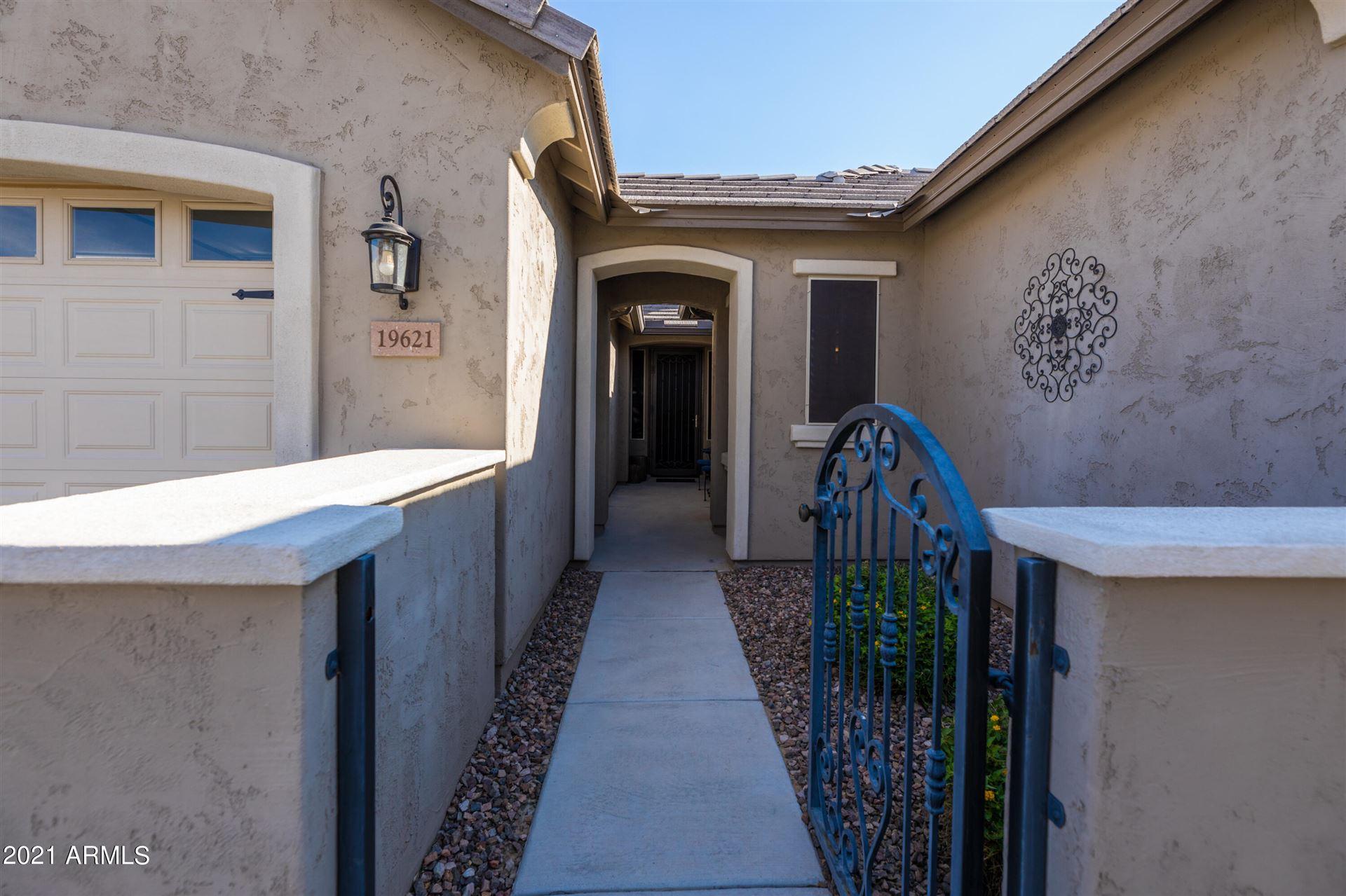 Photo of 19621 W GRANT Street, Buckeye, AZ 85326 (MLS # 6296605)