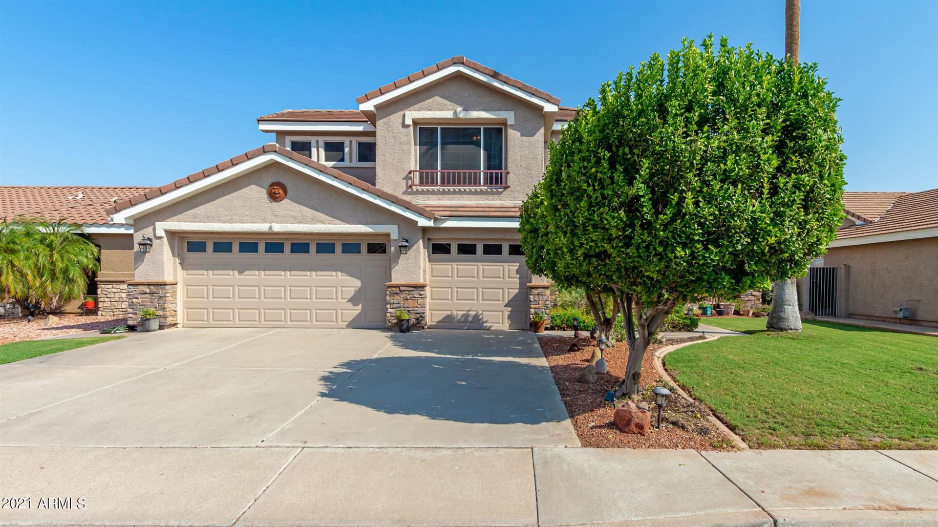 Photo of 962 W JUANITA Avenue, Gilbert, AZ 85233 (MLS # 6295606)