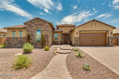 Photo of 2853 E LA COSTA Drive, Gilbert, AZ 85298 (MLS # 6183614)