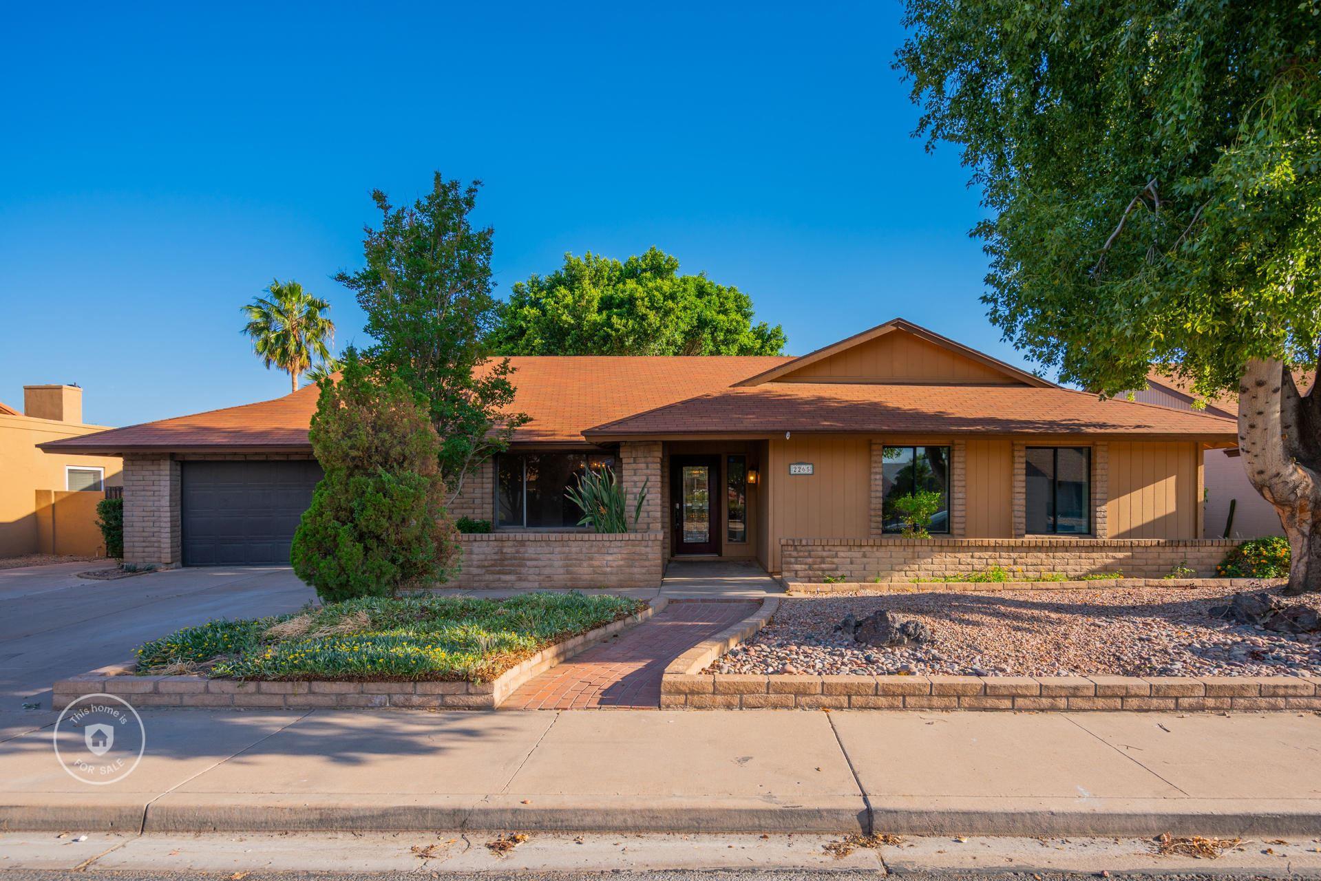 Photo of 2265 W KEATING Avenue, Mesa, AZ 85202 (MLS # 6232614)