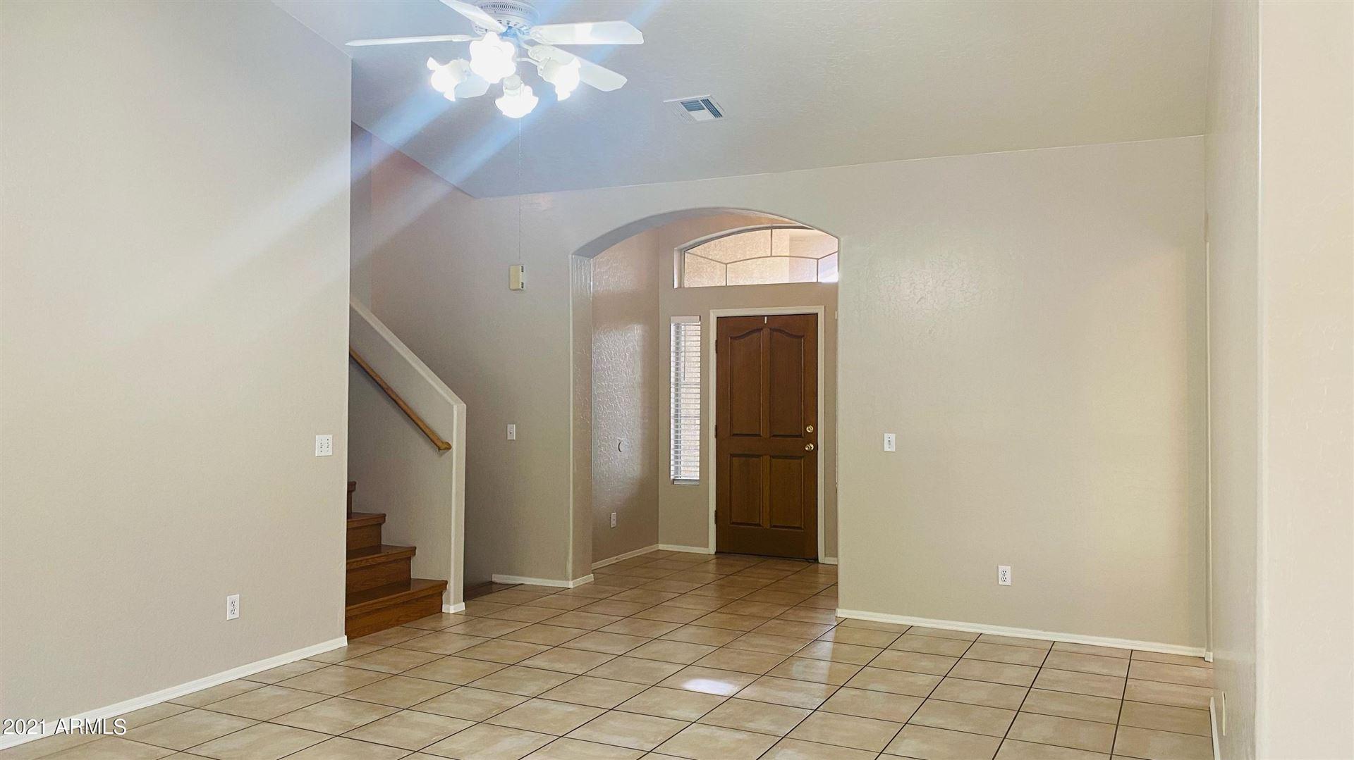 Photo of 5741 W ROSS Drive, Chandler, AZ 85226 (MLS # 6272615)