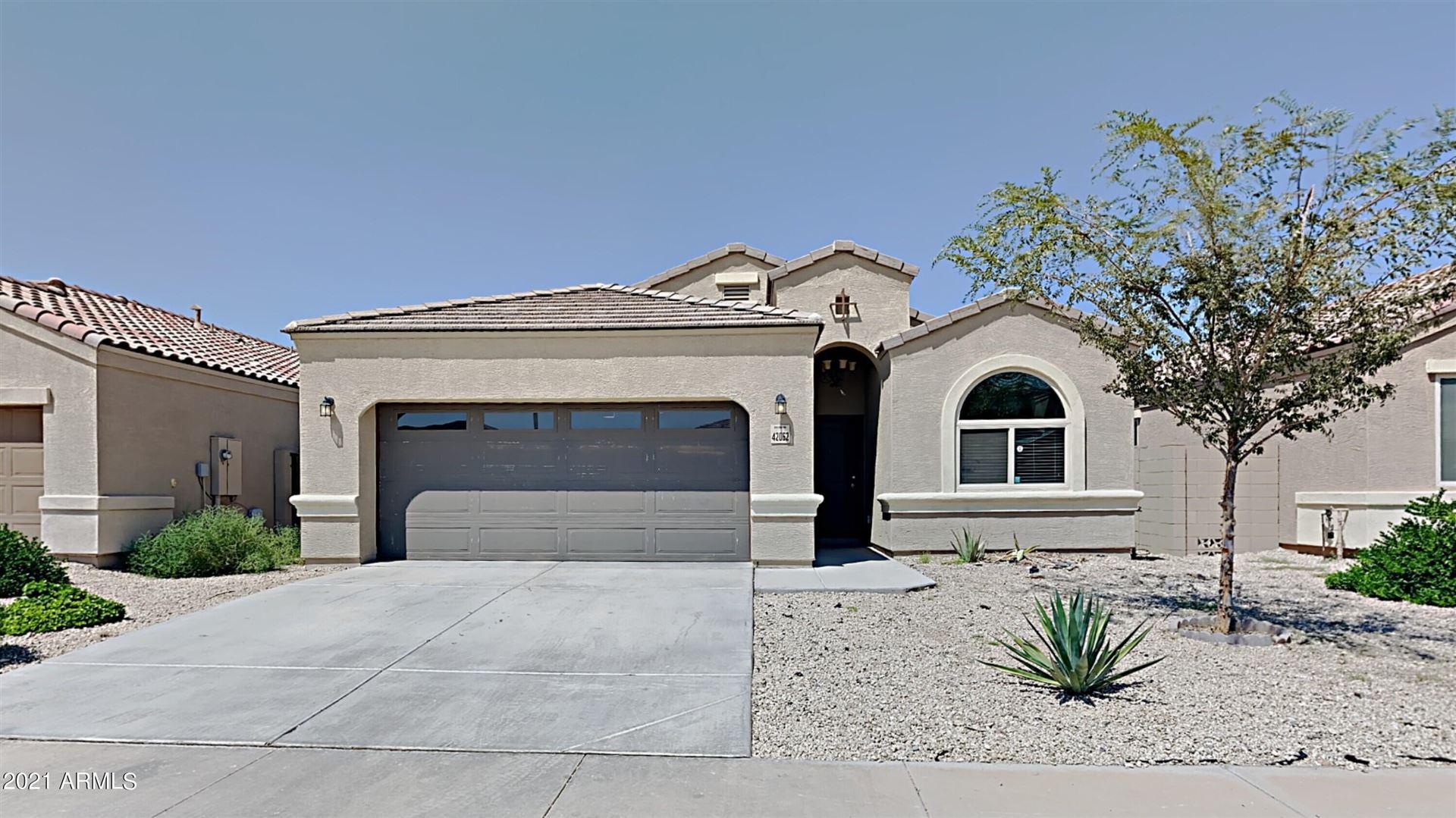 Photo for 42062 W LUNAR Street, Maricopa, AZ 85138 (MLS # 6292617)