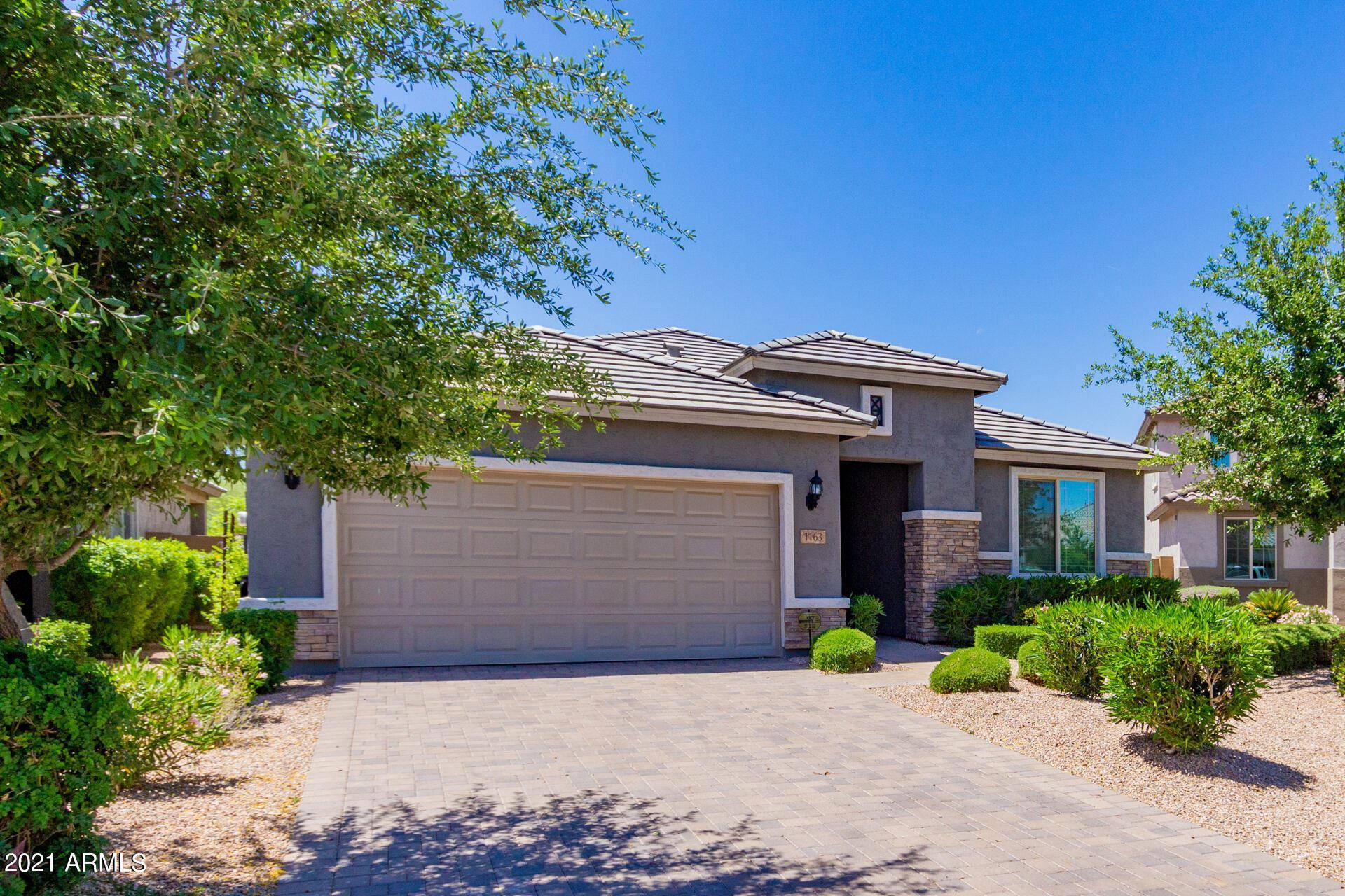 Photo of 1163 W ANGUS Road, San Tan Valley, AZ 85143 (MLS # 6231618)