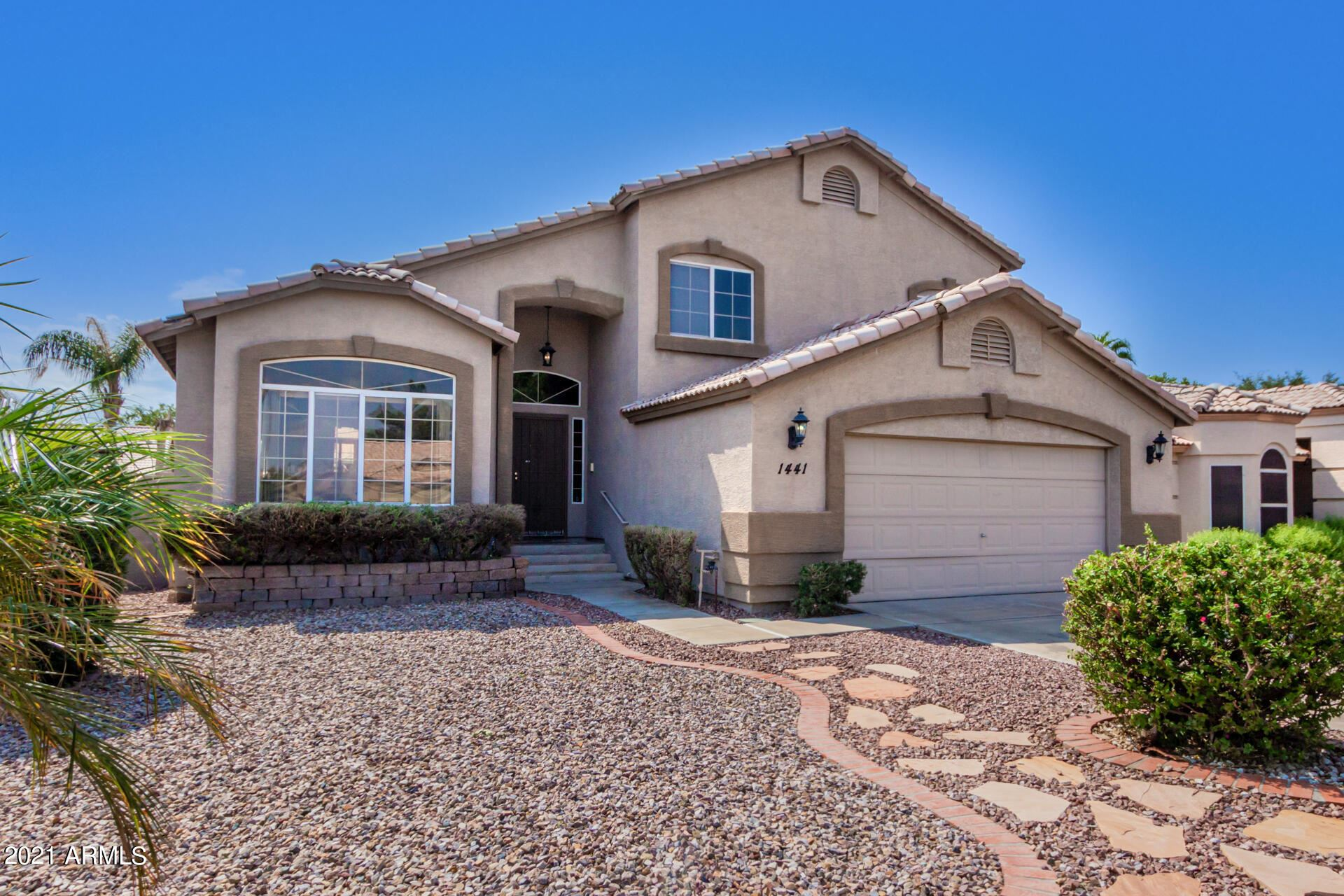 Photo of 1441 S VINE Street, Gilbert, AZ 85233 (MLS # 6294618)