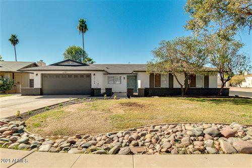 Photo of 3104 S SARATOGA Circle, Mesa, AZ 85202 (MLS # 6199625)