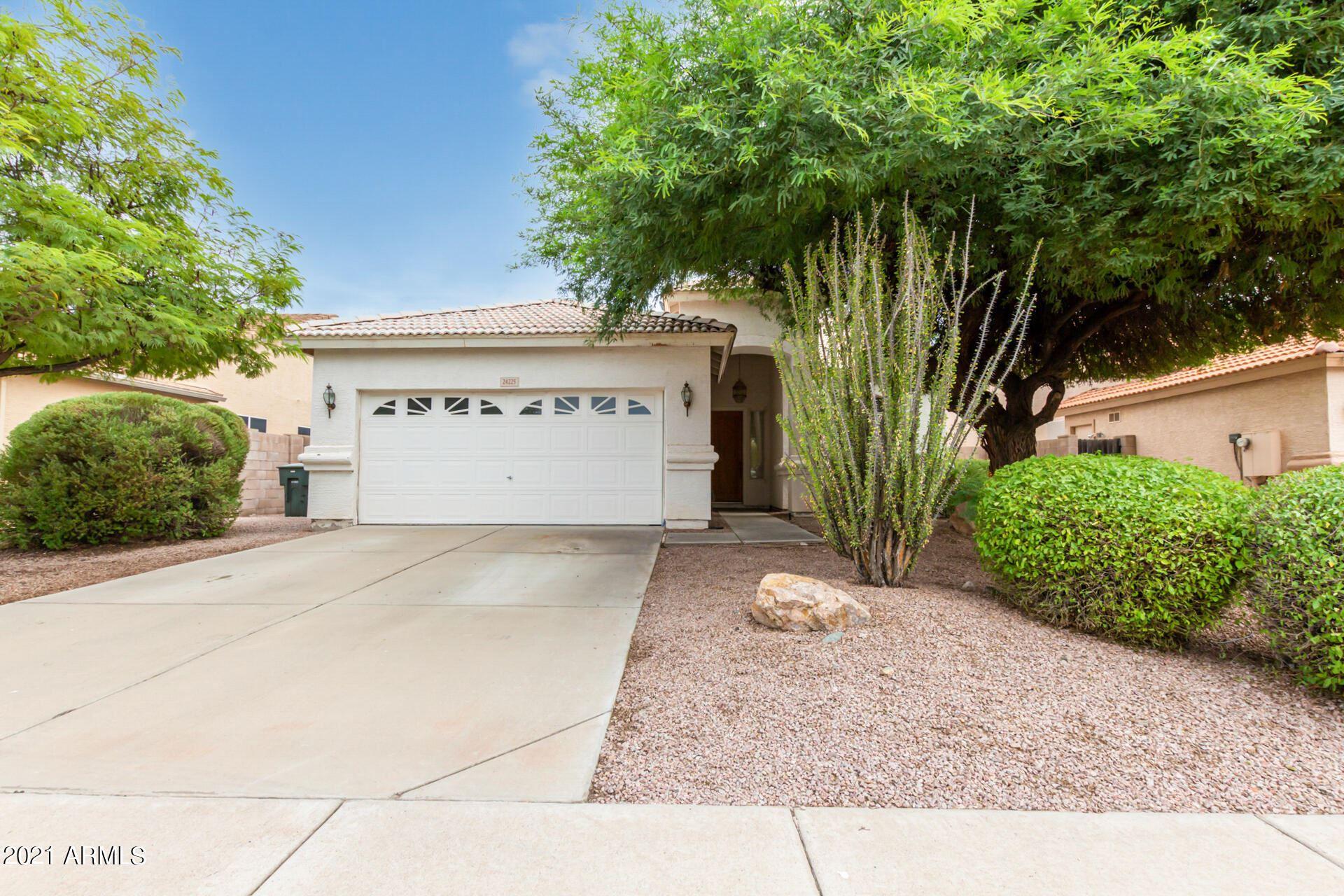 Photo of 24225 N 39TH Avenue, Glendale, AZ 85310 (MLS # 6295629)
