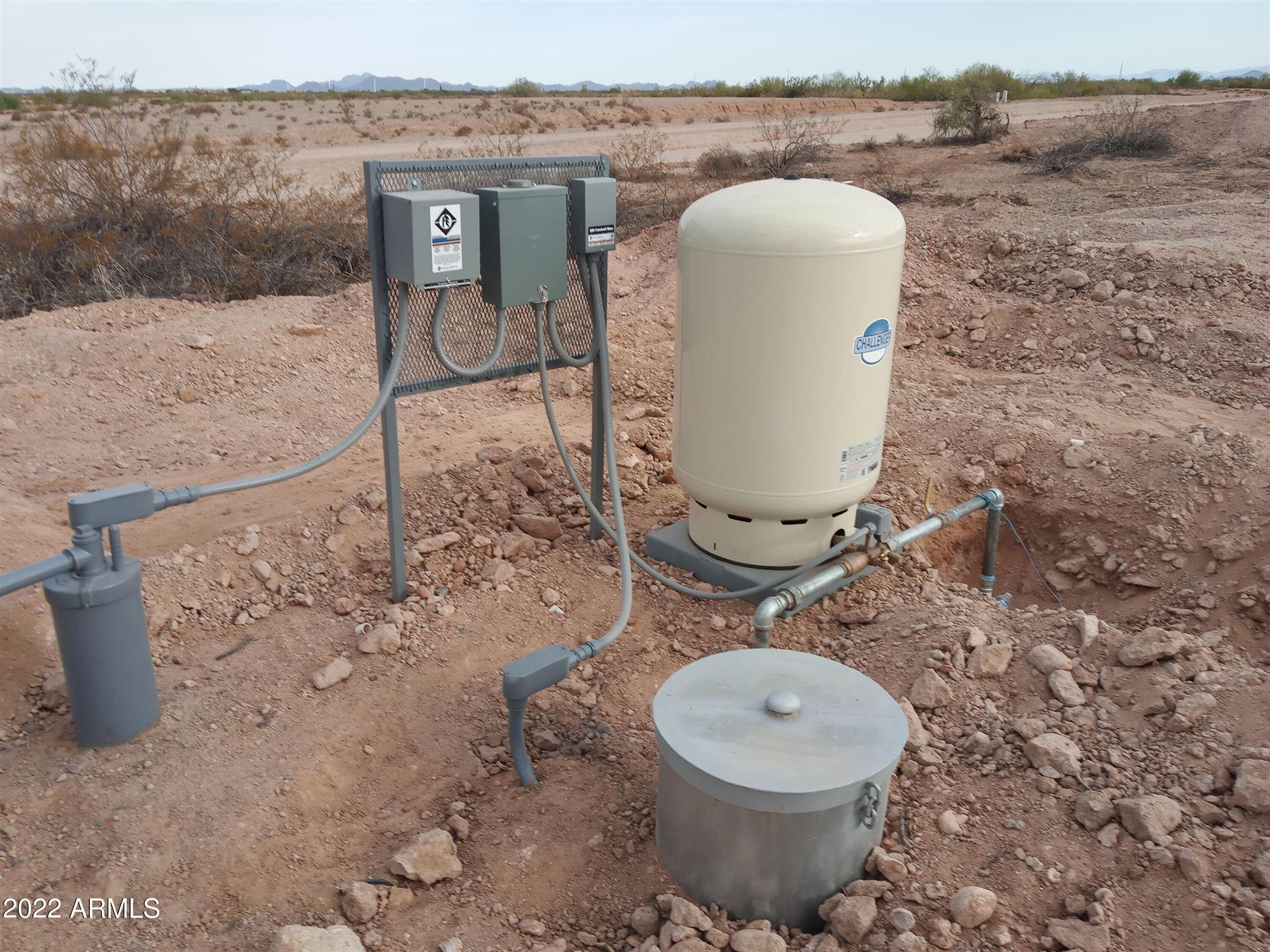 Photo of 29800 N 243rd Avenue N, Wittmann, AZ 85361 (MLS # 6304629)