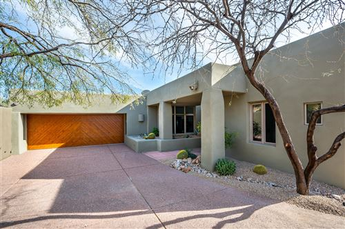 Photo of 9982 E GRAYTHORN Drive, Scottsdale, AZ 85262 (MLS # 6049631)