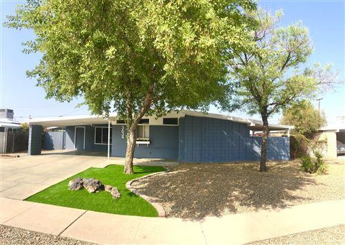 Photo of 3634 W LAWRENCE Lane, Phoenix, AZ 85051 (MLS # 6135635)
