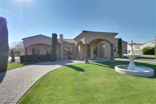 Photo of 3039 E BONANZA Road, Gilbert, AZ 85297 (MLS # 6026636)