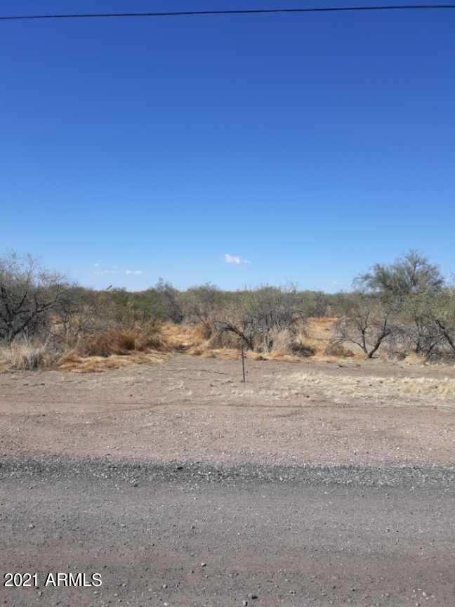 Photo of 324XX N 224th Drive, Wittmann, AZ 85361 (MLS # 6196636)